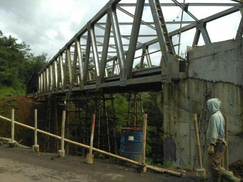 erection jembatan   sabrang klaten